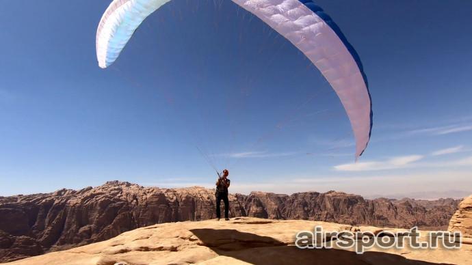 Зайти на гору и слететь - Wadi Rum, Иордания