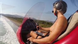 Gyrocopter Girl / Девушка на автожире